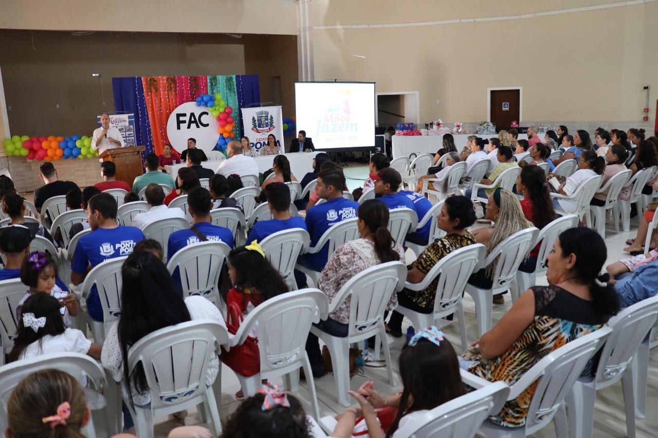 Programa Mãos que Fazem celebrou certificação de alunos dos cursos oferecidos