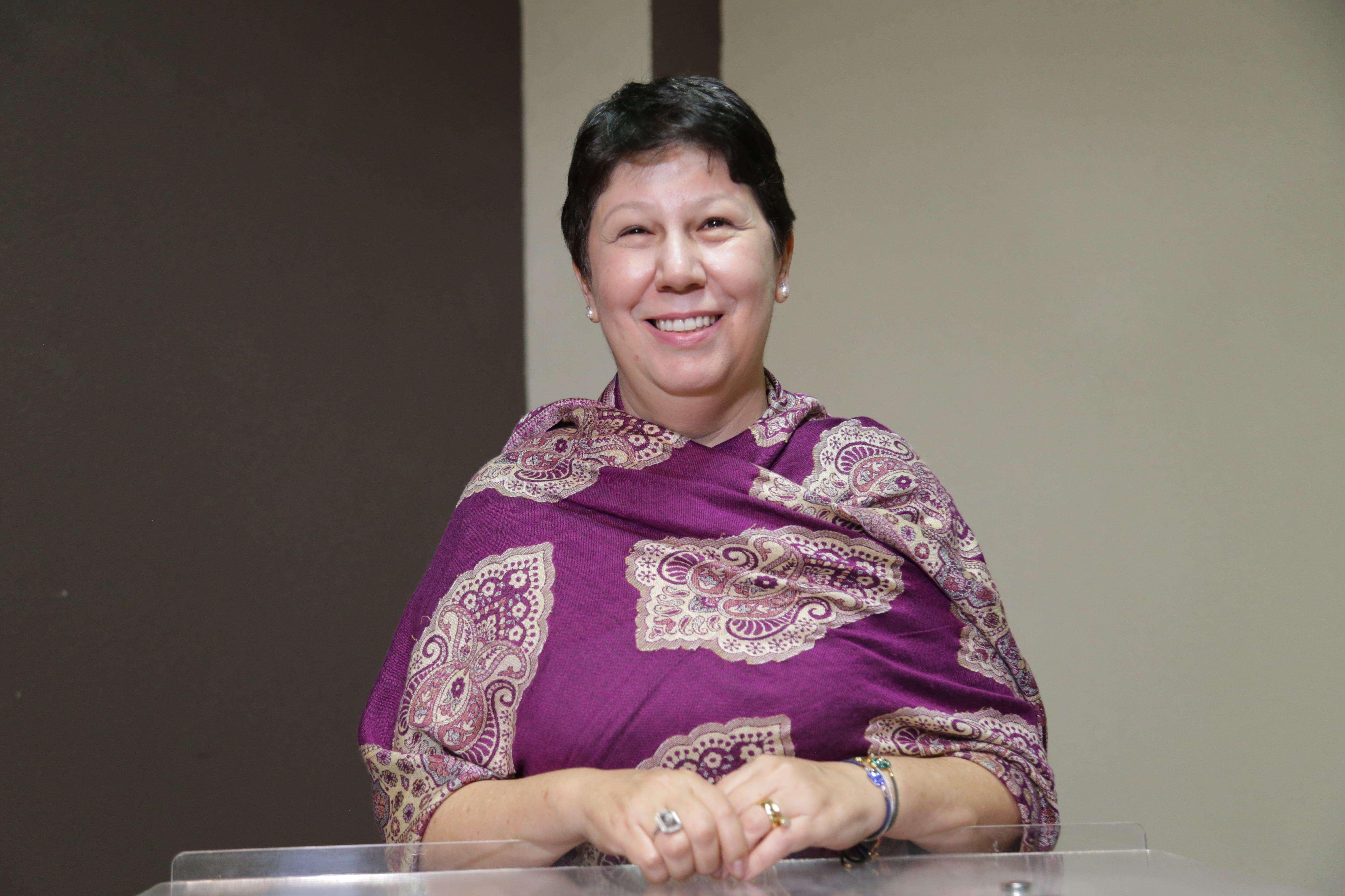 Vereadora Angela Derzi quer instalação de faixa elevada em frente à Escola Miguel Marcondes